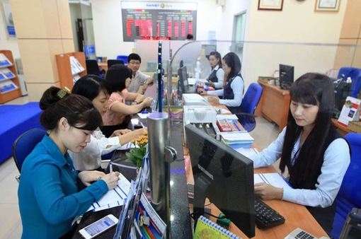 NHNN: Tín dụng vào BĐS, chứng khoán sẽ bị kiểm soát chặt