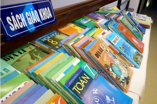 Phát hiện số lượng lớn sách bài tập cho học sinh cấp 2 bị in lậu