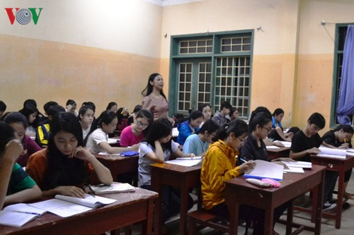 Ngành giáo dục sẽ thí điểm không còn công chức, viên chức