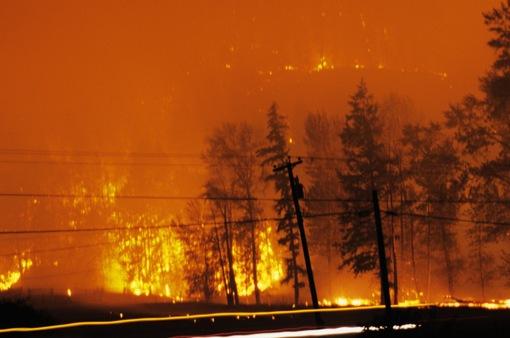 Cháy rừng lớn chưa từng thấy tại Canada