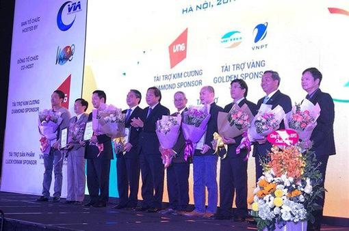 Sếp FPT, Viettel, Bkav… có ảnh hưởng lớn đến sự phát triển Internet Việt Nam