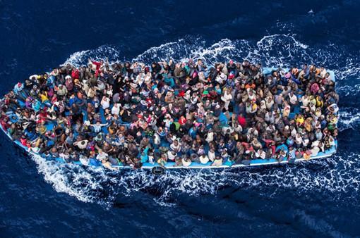 Tây Ban Nha cứu hơn 250 người di cư trên biển