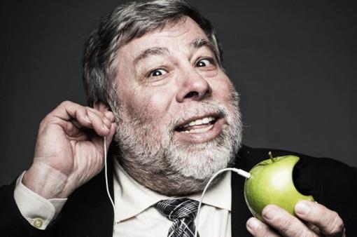 Đồng sáng lập Apple xem thường sự sáng tạo của Táo khuyết