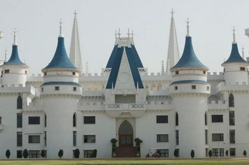 Các trường học có kiến trúc đẹp nhất Ấn Độ