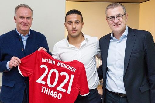 """Barca tan mộng """"chuộc"""" Thiago từ Bayern"""