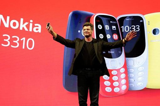 CEO bất ngờ từ chức, Nokia lâm nguy?