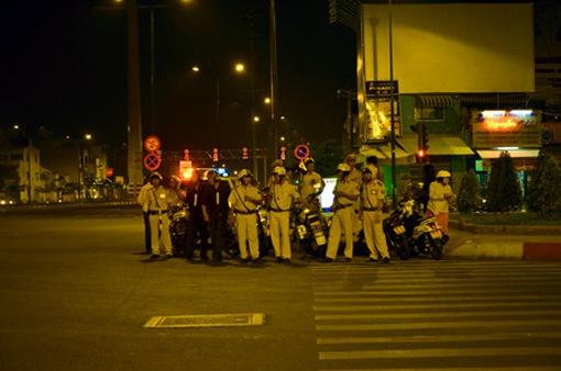 Tối 26/4, Cảnh sát giao thông TP.HCM bắt đầu ra quân