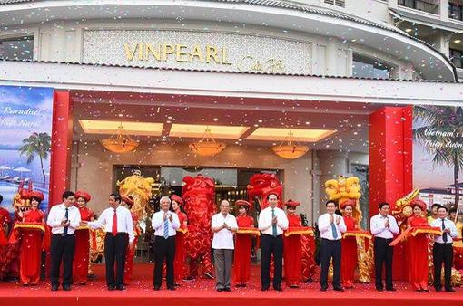 Vingroup lập kỷ lục khai trương 5 cơ sở kinh doanh mới