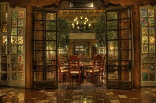 Những khách sạn khiến bạn có cảm giác lạc vào bảo tàng nghệ thuật