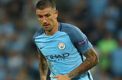 Chuyển nhượng bóng đá quốc tế ngày 23/7/2017: Công thần chia tay Man City, gia nhập AS Roma