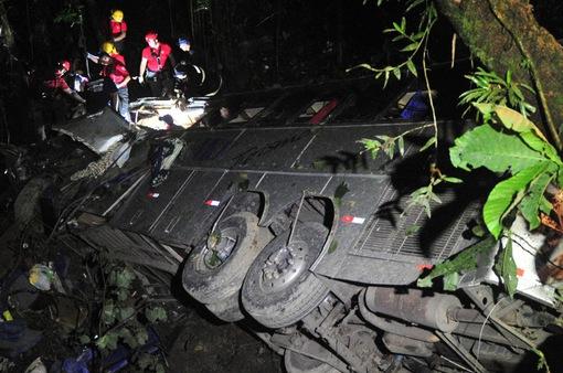 Tai nạn giao thông liên hoàn tại Brazil, hơn 40 người thương vong
