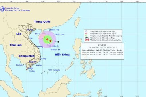 Áp thấp nhiệt đới cách quần đảo Hoàng Sa 130 km