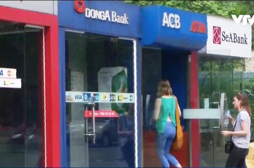 Ngân hàng giám sát giao dịch ATM từ 23h - 1h