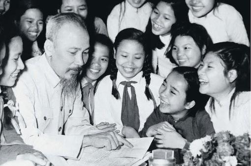 Thanh thiếu niên kiều bào tại Thái Lan thi tìm hiểu về Bác Hồ