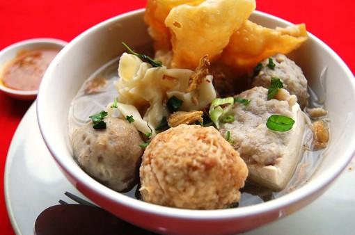 Súp thịt viên Bakso - Món ăn đường phố phải thử tại Indonesia