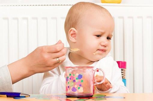Những sai lầm nghiêm trọng các bà mẹ mắc phải khiến trẻ bị xuống cân