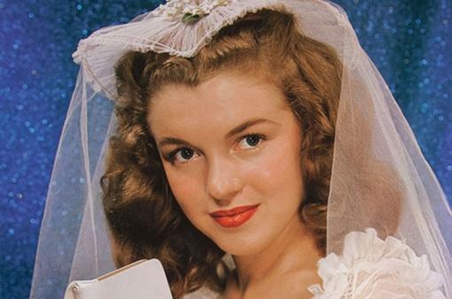 Những hình ảnh hé lộ về thời thơ ấu và niên thiếu của Marilyn Monroe