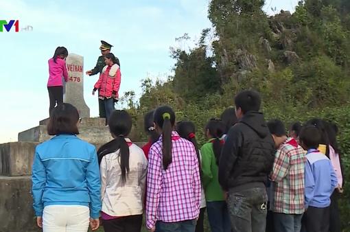 Tuyên truyền về biên giới quốc gia cho học sinh vùng biên Hà Giang