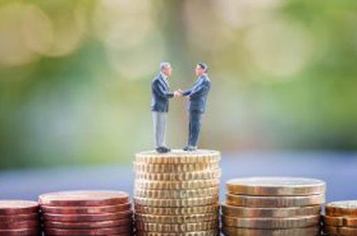 Nhiều nhân sự trong ngành ngân hàng bỏ việc để tham gia cơn sốt tiền ảo