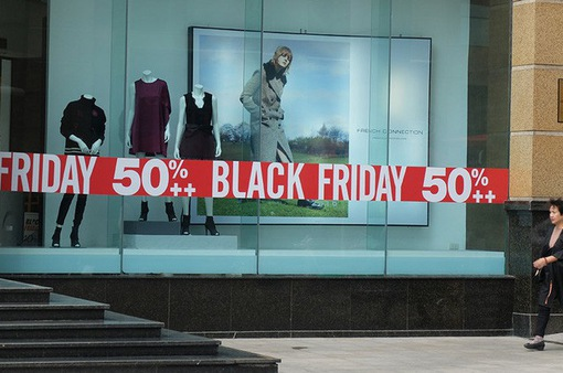 Lưu ý cho người tiêu dùng trong ngày Black Friday
