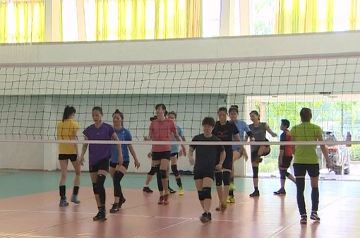 ĐT bóng chuyền nữ Việt Nam tích cực tập luyện