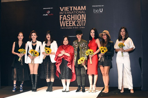 Nhiều NTK danh tiếng hội ngộ tại Tuần lễ thời trang quốc tế Việt Nam Thu - Đông 2017
