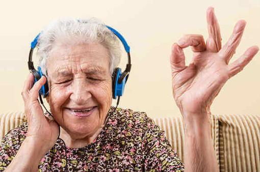 Ca hát mang lại lợi ích cho bệnh nhân Parkinson