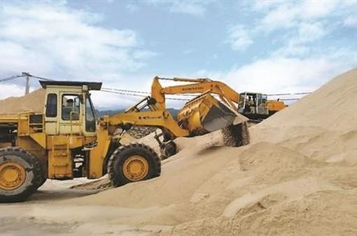 Giá cát xây dựng ở TP.HCM tăng đột biến