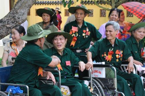 Cả nước dành sự quan tâm đến các gia đình thương binh liệt sỹ