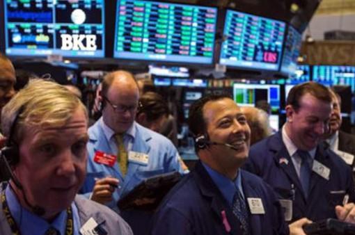 Thị trường chứng khoán Mỹ phản ứng tích cực sau quyết định của FED
