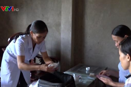 Cô đỡ thôn bản: Thay đổi nhận thức về làm mẹ an toàn cho đồng bào thiểu số