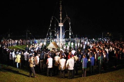 Trình diễn văn hóa cồng chiêng tại Lâm Đồng