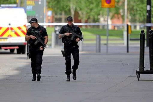 Cảnh sát Anh bắt giữ thêm 3 đối tượng tình nghi liên quan đến vụ đánh bom ở Manchester