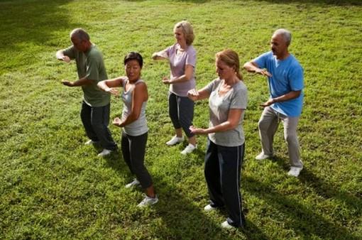 Nhiều người phương Tây tập Thái cực quyền để cải thiện sức khỏe