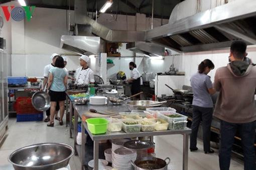 Đà Nẵng mua 2 xe xét nghiệm an toàn thực phẩm phục vụ APEC