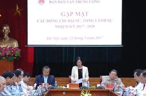 Tăng cường công tác dân vận đối với người Việt Nam ở nước ngoài