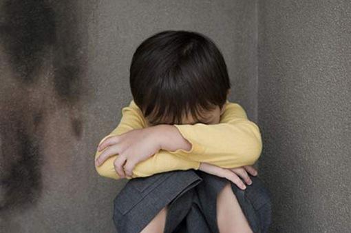 Dạy con bằng hù dọa lợi hay hại?