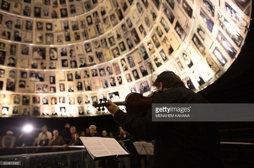 Israel tưởng niệm các nạn nhân của nạn thảm sát người Do Thái