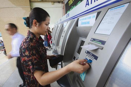 Ngân hàng Đông Á sẽ tạm ứng cho chủ thẻ bị mất 129 triệu đồng