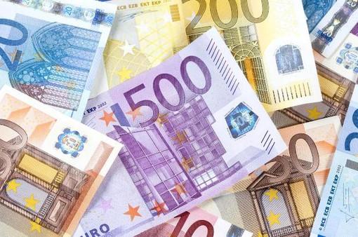 Bloomberg: Đồng EUR trở thành đồng tiền ưa thích nhất của thị trường