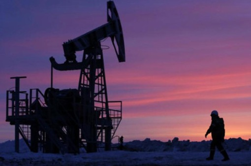 Giá dầu thế giới bật tăng vì nhiều nước hạn chế xuất khẩu
