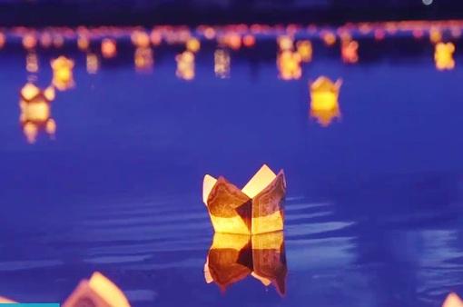 Đêm hoa đăng tri ân các anh hùng liệt sỹ trên sông Thạch Hãn