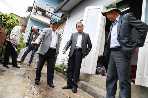 Lãnh đạo tỉnh Lâm Đồng họp bàn giải quyết sự cố lún đất