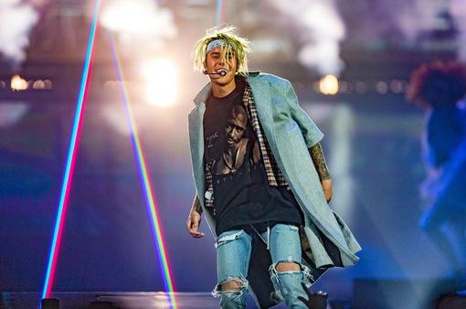 John Mayer nghi vấn Justin Bieber gặp vấn đề về sức khỏe