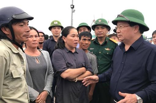 Kiểm tra công tác phòng chống bão số 14 tại Khánh Hòa
