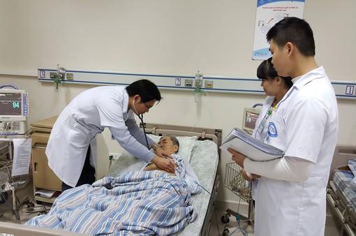 Tham gia BHYT để tránh đói nghèo trong y tế
