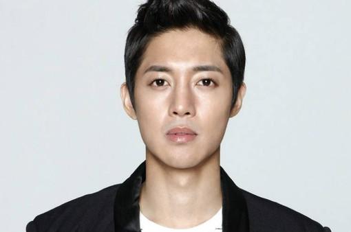 Kim Hyun Joong chuẩn bị trở lại