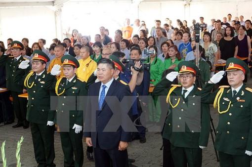 Cộng đồng người Việt tại Đức tri ân các anh hùng liệt sỹ