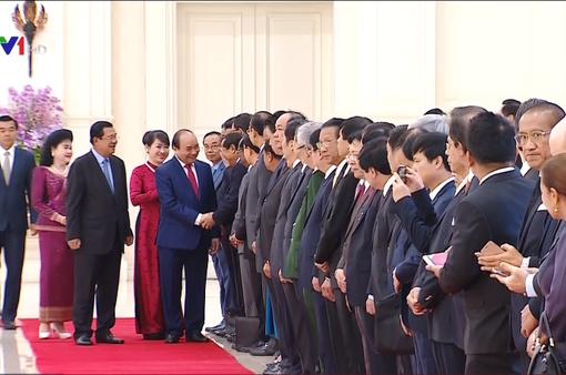 Lễ đón chính thức Thủ tướng Nguyễn Xuân Phúc thăm Campuchia