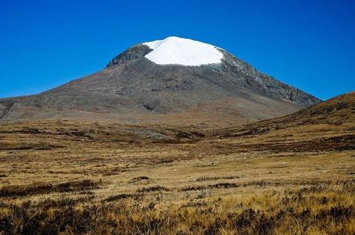 Lở tuyết trên đỉnh núi ở Mông Cổ, 10 người thiệt mạng